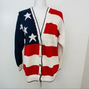 Woman's Sweater M  Patriotic Flag Oversized Button
